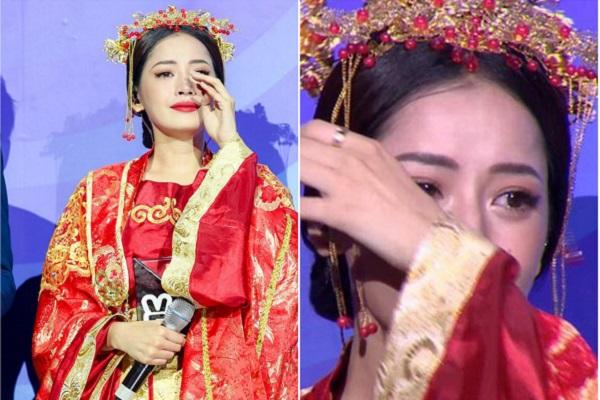 Chi Pu khóc khi nhận giải thưởng đầu tiên trong sự nghiệp ca hát