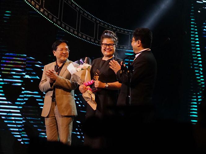 'Cô Ba Sài Gòn' vượt qua 'Em chưa 18' đoạt Cánh diều vàng