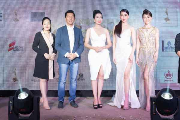Siêu mẫu Bùi Quỳnh Hoa hội ngộ Á hậu Trịnh Kim Chi trên ghế nóng Nét đẹp công sở 2019