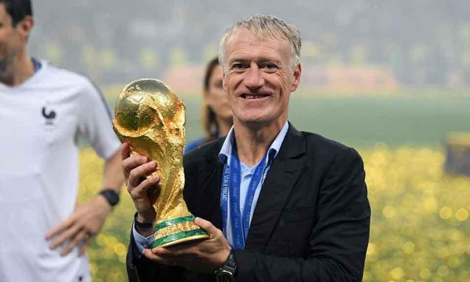 Deschamps hay Zidane sẽ là HLV hay nhất năm của FIFA?