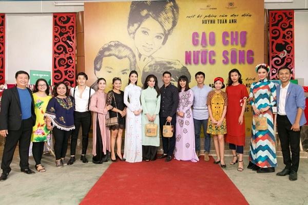 Đạo diễn Huỳnh Tuấn Anh với gánh nặng 'Gạo chợ nước sông'