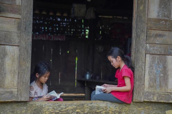Khát vọng thay đổi cuộc đời và lòng hiếu học của những đứa trẻ nơi vùng cao địa đầu Tổ Quốc