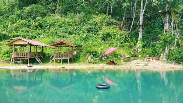 Độc đáo với trò Tubing ở Vang Vieng, Lào