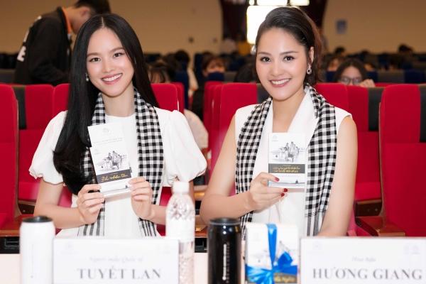 Hoa hậu Hương Giang: Sách quý giúp bạn trẻ sống tích cực