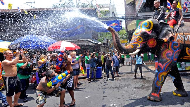 Thái Lan chào mừng năm mới như thế nào?
