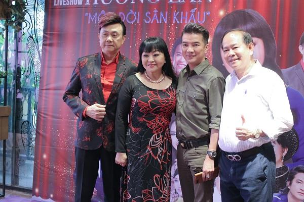 Hương Lan làm liveshow đầu tiên sau hơn 50 năm ca hát