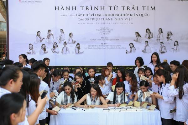 Hành trình từ trái tim: Băng đèo vượt núi kiến tạo chí hướng lớn cho thanh niên Việt