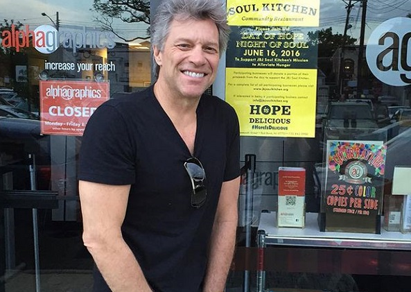 Loạt nhà hàng phục vụ đồ ăn miễn phí của Jon Bon Jovi dành cho người nghèo