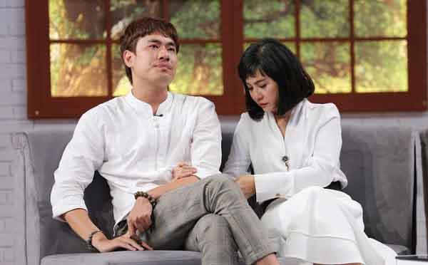 Kiều Minh Tuấn không giấu được cảm xúc chia sẻ về chuyện sinh con với Cát Phượng