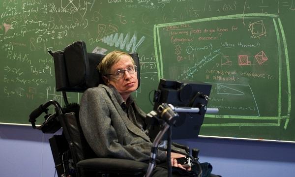 Đấu giá chữ ký cuối cùng của Stephen Hawking