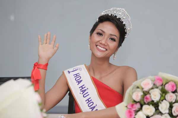 H'Hen Niê thừa nhận đã có bạn trai, không phải đại gia