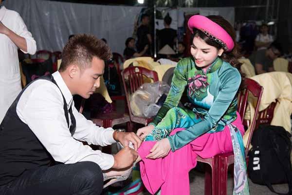 Diễn viên Thanh Duy: 'Quỳ gối buộc giày cho Kha Ly có gì phải ngại'
