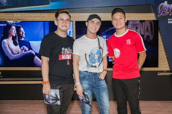 Huỳnh Lập cùng quản lý riêng say sưa Avengers: Endgame ngay sau buổi ra mắt