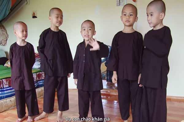 5 chú tiểu nhóm Bồng Lai được đến trường sau giải thưởng 300 triệu đồng
