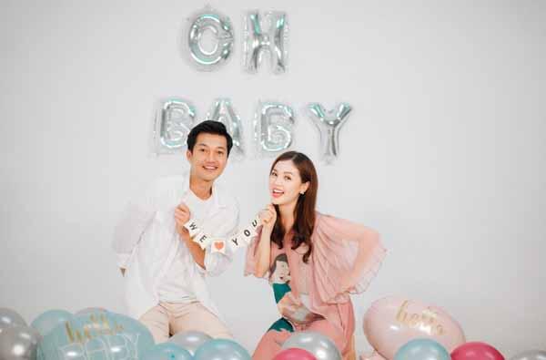 Thiên Linh Cái doanh thu khủng, Quang Tuấn báo tin vui vợ mang thai