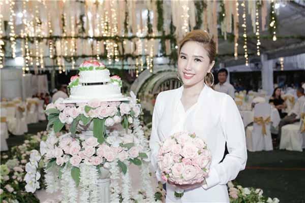 Siêu hot: Bảo Thy đám cưới gần ngày với Đông Nhi