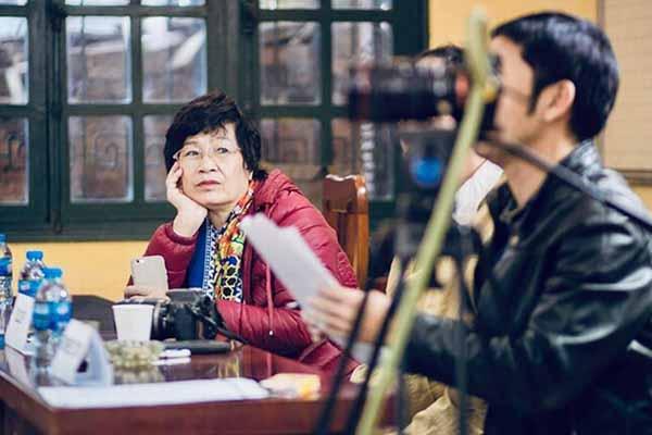 NSX Hồng Ngát tố Huỳnh Anh bỏ vai nhưng không trả lại cát - xê