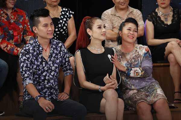 Trai trẻ lấy chồng bị kỳ thị, Quyền Linh cùng Lâm Khánh Chi lên tiếng bảo vệ