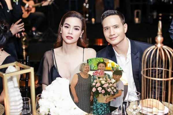 Bố mẹ Kim Lý thăm gia đình Hà Hồ, đám cưới đang gần kề?