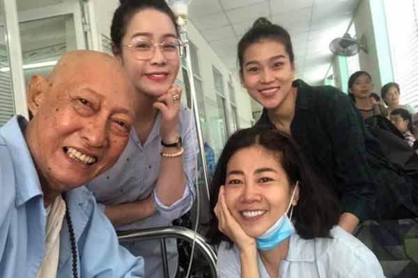 Mai Phương về Việt Nam, không thể đến viếng nghệ sĩ Lê Bình lần cuối