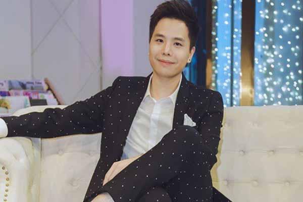 Ca sĩ Trịnh Thăng Bình kiệt sức, ngộ độc thực phẩm nặng