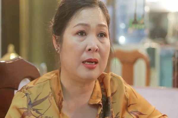 """Nghệ sĩ Hồng Vân khẳng định: """"Không có chuyện tôi đi đêm để cho người nọ người kia lên truyền hình"""""""