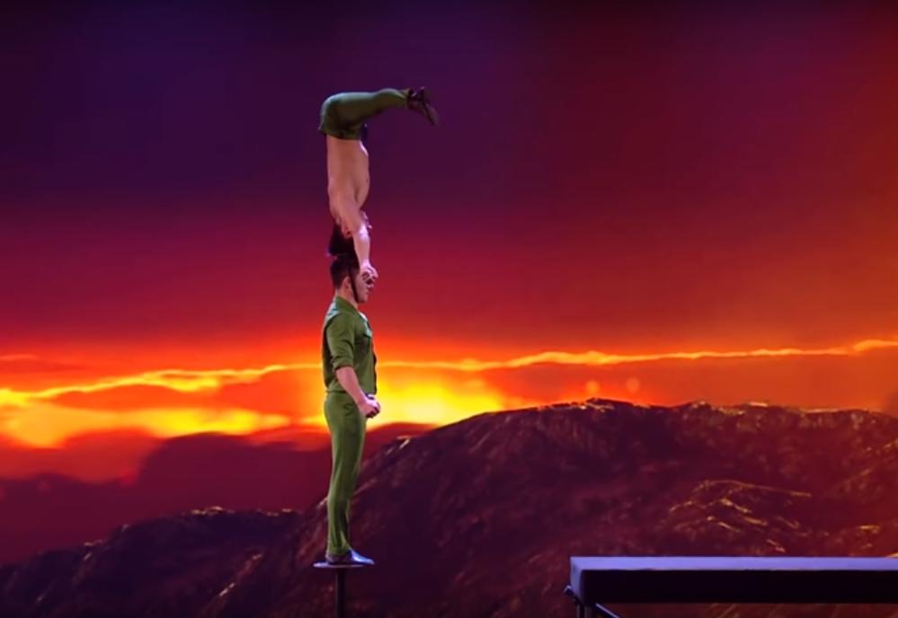 Kendall Jenner sửng sốt trước cú nhảy của Quốc Cơ - Quốc Nghiệp