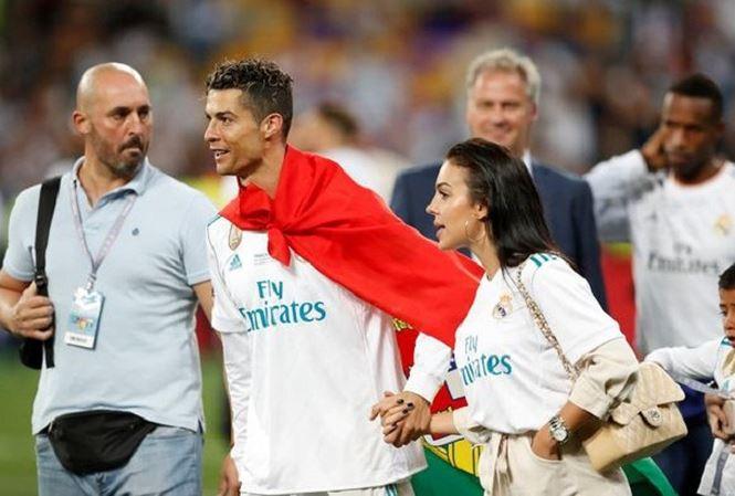 Ronaldo thuê võ sĩ đấu bò làm vệ sĩ tại World Cup 2018