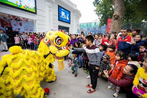 Vincom mang thế giới mua sắm, giải trí đặc sắc đến Khánh Hòa và Phú Thọ