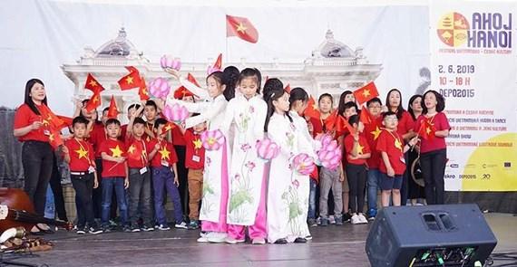 Xin chào Hà Nội - Văn hóa Việt trên đất Czech