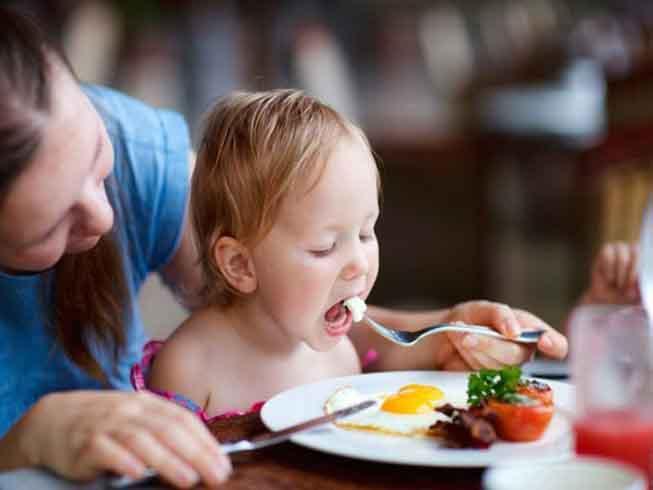 Một số loại thực phẩm giúp trẻ thông minh hơn