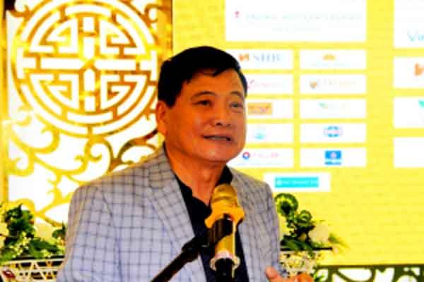 Nhà báo Nguyễn Công Khế cảm ơn các đội bóng vì đã đào tạo các cầu thủ trẻ dự giải U.21