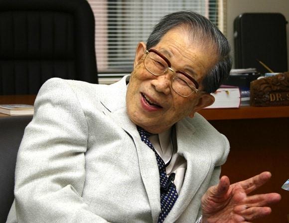 Học cách sống lâu vui khỏe của bác sĩ 105 tuổi người Nhật