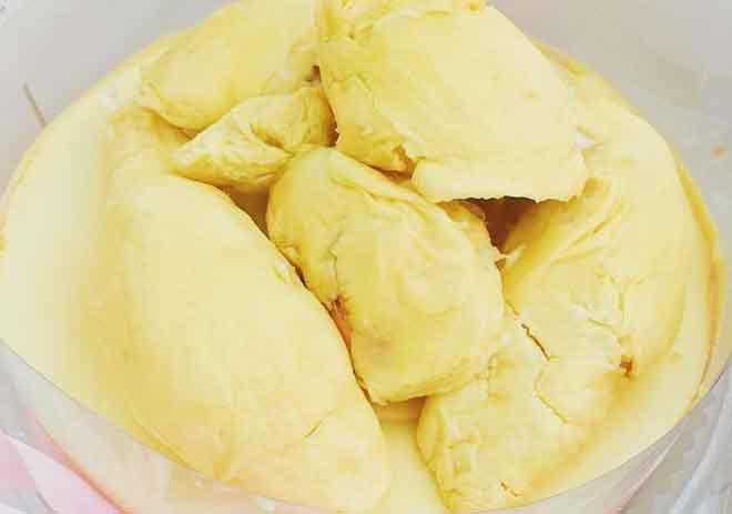 Bánh cheesecake sầu riêng đã có mặt ở Sài Gòn