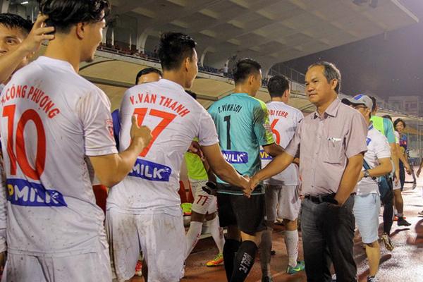 Bầu Đức, Công Vinh không thể dự trận chung kết lượt về giữa Việt Nam - Malaysia