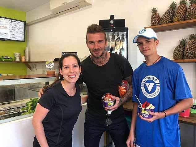 David Beckham đi mua cà rốt cho vợ