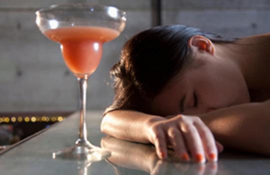 Người trẻ nên loại bỏ những thói quen này để tránh đột quỵ