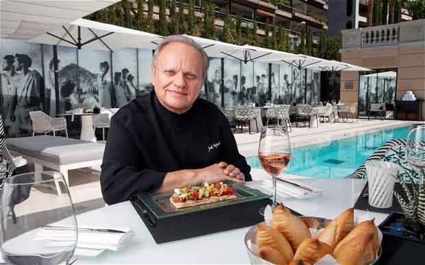 Biểu tượng của ẩm thực Pháp Joel Robuchon và 8 món ăn 'huyền thoại'