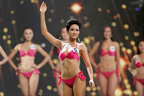 Không bỏ phần bikini ở các cuộc thi hoa hậu