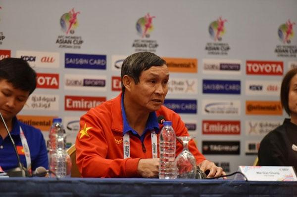 Mở đầu VCK châu Á đã thua Nhật 0-4, HLV Mai Đức Chung nói gì?