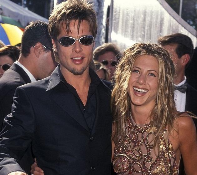 """Những khoảnh khắc """"biến hình"""" để đồng điệu với bạn gái của Brad Pitt"""