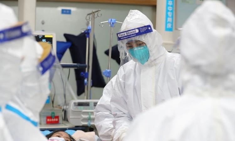 Cấp phép thuốc đầu tiên chữa viêm phổi corona