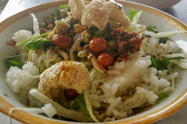 Những món ăn đúng điệu xứ Huế không phải ai cũng biết