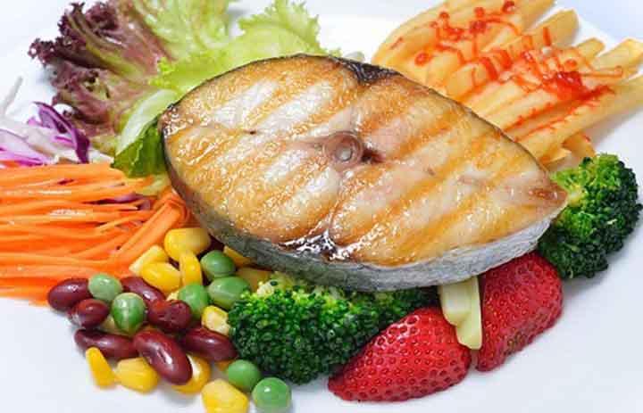 Vì sao bạn nên ăn nhiều cá hơn?