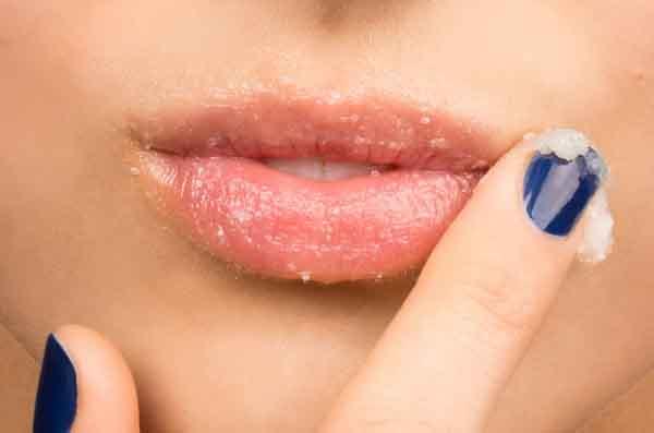 Hết thâm môi với những bí kíp dễ dàng