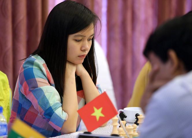 Cờ vua Việt Nam thắng lớn ở trận ra quân Olympiad