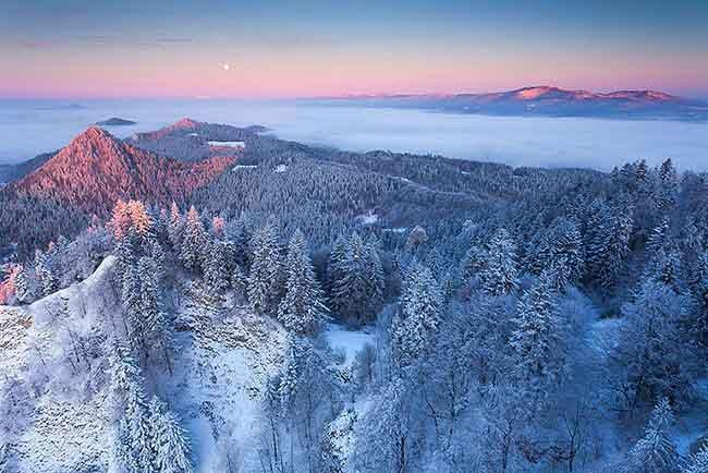 Cùng ngắm những ngọn đồi vàng rực ở Ba Lan và Slovakia