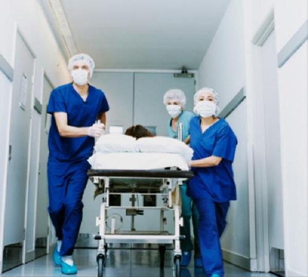 Bệnh nhân bị xuất huyết dữ dội nghi do uống an cung ngưu hoàng hoàn