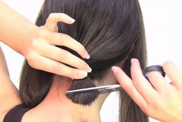 Tự cắt tóc ở nhà vừa tiết kiệm vừa tuân thủ lệnh cách ly
