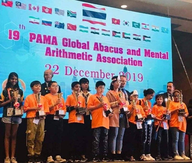 Cậu bé Việt Nam đạt giải Nhì cuộc thi Toán trí tuệ Quốc tế